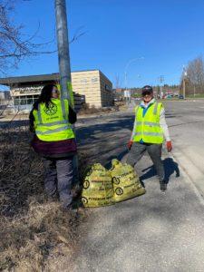 REAPS Spring Clean Up volunteers